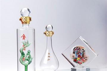 创意白酒瓶厂家定制内置造型酒瓶手工艺玻璃酒瓶