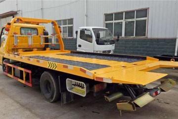 湘乡道路救援之拖车救援时不可拖拽四轮驱动的车