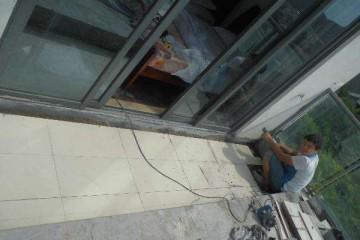 奉化厂房防水讲述屋顶渗水的解决办法