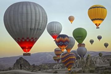 牡丹江热气球租赁公司讲述乘坐热气球的时间