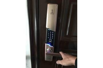 长顺开密码锁公司讲述锁具在使用安装过程注意
