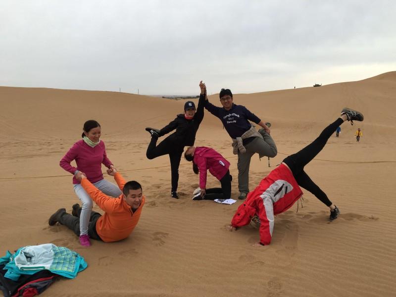阿拉善敦煌徒步教你沙漠里如何解决水源的问题