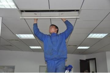 威宁空调维修拆机安装厂家讲述检修空调故障