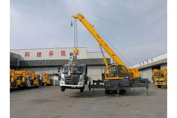 新田县吊车租赁公司讲述吊车卸货流程