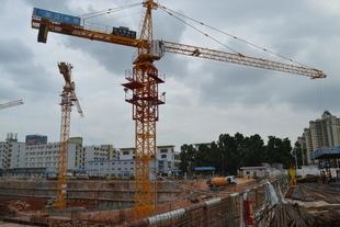 云浮6012塔吊之塔吊租赁业的开展规律